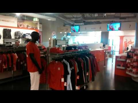 Allianz arena – FC Bayern Munich mega store view
