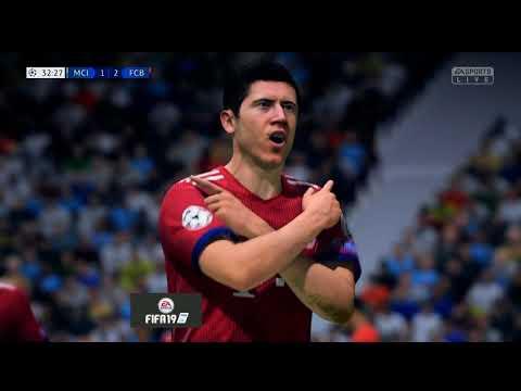 FIFA 19 BAYERN MUNICH VS MANCHESTER CITY CHAMPION LEAGUE GAMEPLAY | GAMESCOM 2018