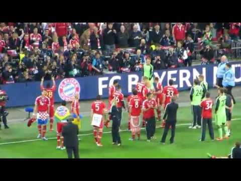 2013 UEFA Champions League Final: Bayern Munich players celebrate with fans
