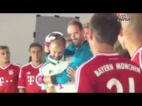 Guardiola was hitted by the substitute goalkeeper of FC Bayern Munich by accident