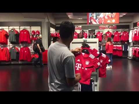 Mega store FC Bayern Munchen @Allianz Arena