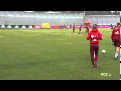 Alonso goal from corner I From twitter: @FCBayern