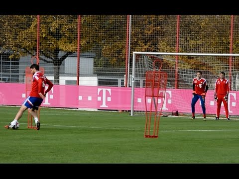 Dribblings und Torabschlüsse – FC Bayern München Training – shooting skills and saves