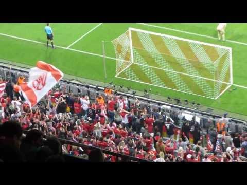 Gol de Müller 4-0 en 82′ + Euforia grada que responde al speaker/Bayern Múnich 4-Barça 0
