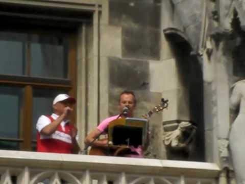 """Stern des Südens """"unplugged"""" @ Meisterfeier FC Bayern Marienplatz 09.05.2010"""