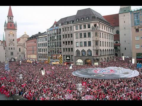 FC Bayern München  Meisterfeier 2008 – Rückblick Rathausbalkon & Marienplatz
