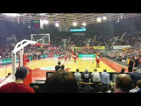 Berni's One Man Show – Basketball FC Bayern München vs. Moskau