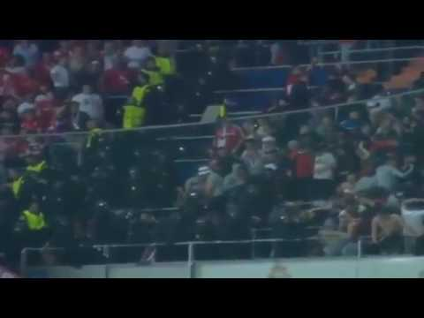 Sport News –   Bayern Munich fans clash with Spanish police. HD