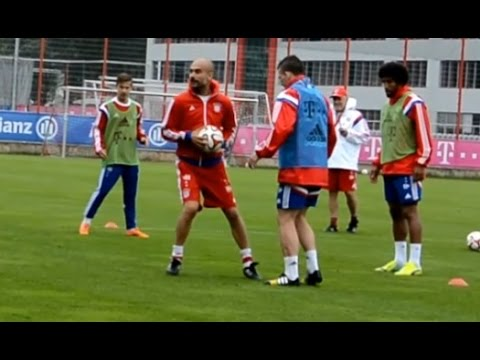 Funny motivated Pep Guardiola joining 8 vs 2 circle – FC Bayern Munich