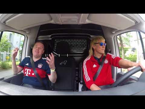 FC Bayern-Quizfahrt durch München: Matze Knop testet Fanwissen im TGE