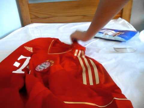 Unboxing Bayern Munich Jersey