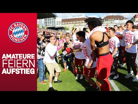 Back to 3rd Division: Ribéry & Co. celebrate the promotion of FC Bayern Reserves!