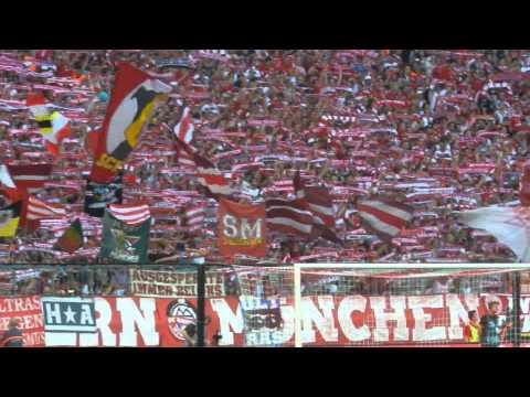 """FC Bayern München """"Forever Number One"""" beim Spiel gegen Bayer Leverkusen,Allianz Arena"""