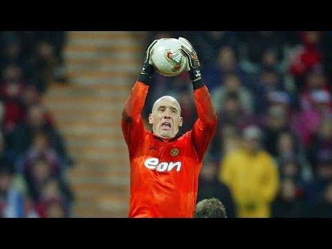 Jan Koller vs FC Bayern München (Fantastic Goalkeeping) 2002.11.09
