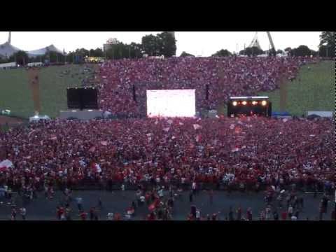 Stern des Südens beim Public Viewing Olympiastadion München