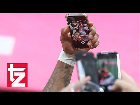 FC Bayern München: Diskussion um das Selfie von Douglas Costa