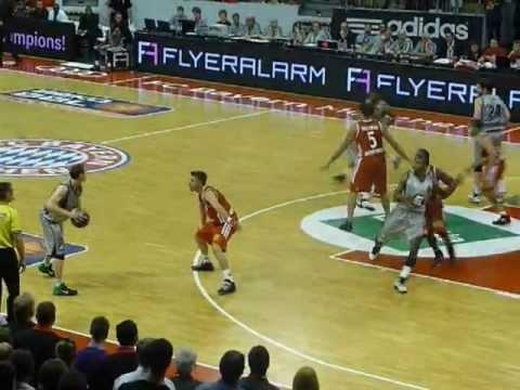 Basketball Playoffs 2012 Bayern München – Artland Dragons 84:92