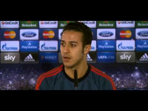 FC Bayern München – Manchester City FC Pressekonferenz von Boateng & Thiago Download