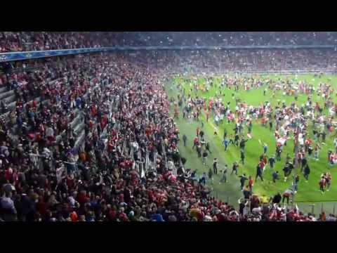 FC Bayern, Public Viewing in der Alllianz Arena, CL Finale 2013, Pokalübergabe+Platzstümung