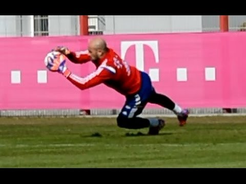 Pepe Reina – High and Low Diving Saves – Hechtsprünge | Goalkeeper Training FC Bayern Munich