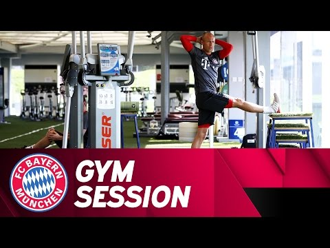 FC Bayern Fitness Warm-Up | Doha 2017