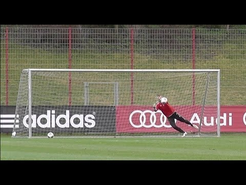 Raif Husic – FC Bayern Munich Goalie – skills training session