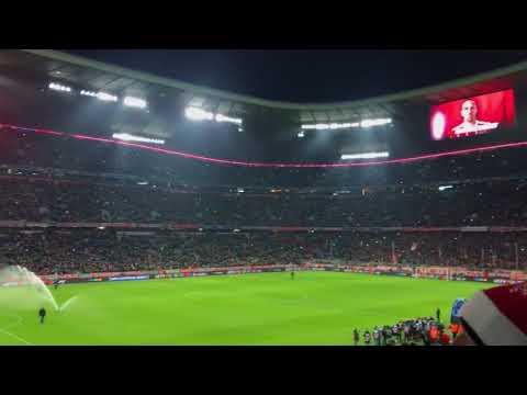Bayern Munich – Paris SG / UEFA Champions League / LIVE / Allianz Arena / Mannschaftsaufstellung